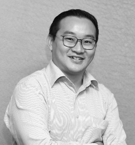 Kok Foong Lee