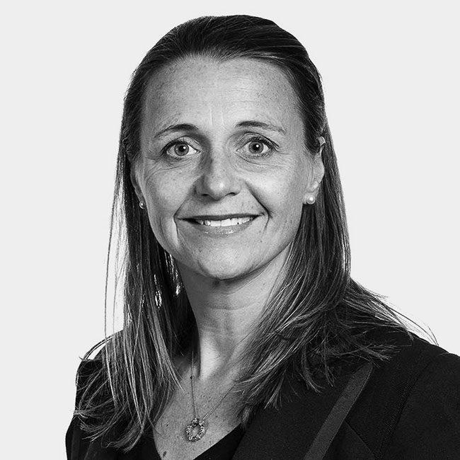 Dr Sarah Curtis